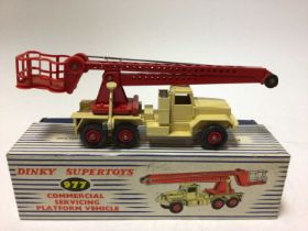Dinky Supertoys commercial servicing platform vehicle No. 977 boxed