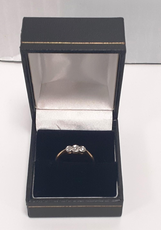 3 Stone Vintage Diamond Ring