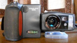 A Nikon Coolpix 990 digital camera