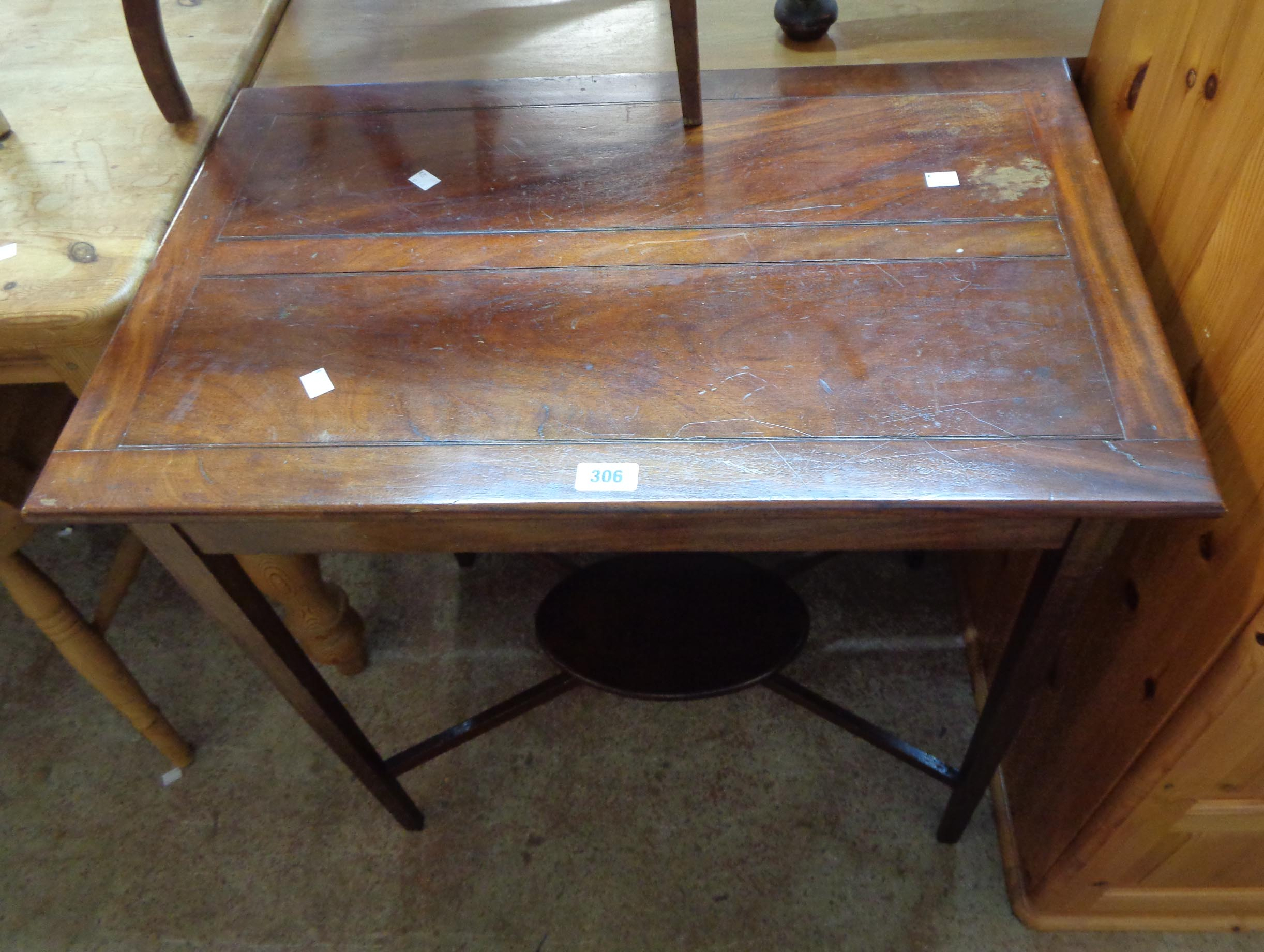 A 74cm Edwardian walnut occasional table, set on square tapered supports with small undertier