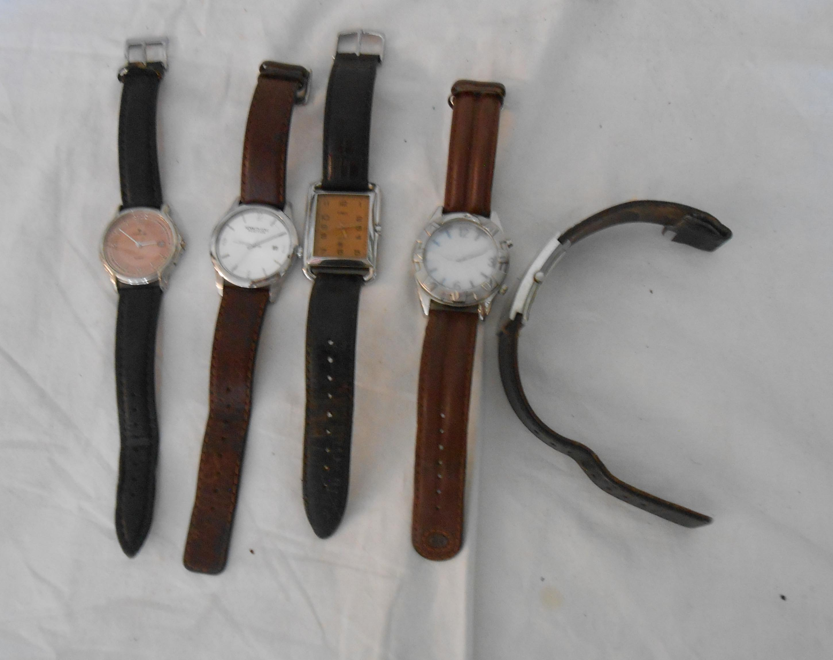 Five assorted gentlemen's large dial wristwatches - various styles and condition