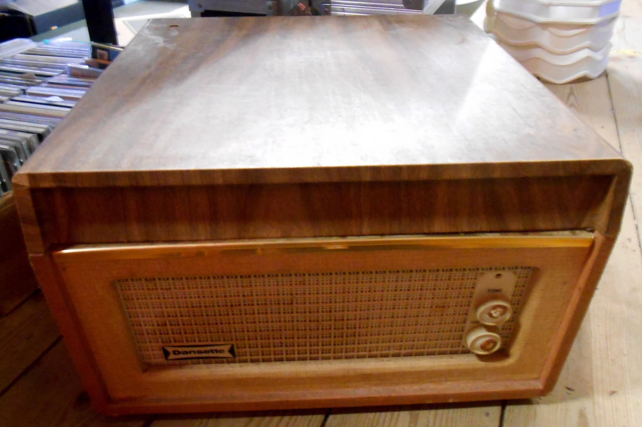 A vintage Dansette Bermuda portable record player with Monarch record deck - Image 2 of 2