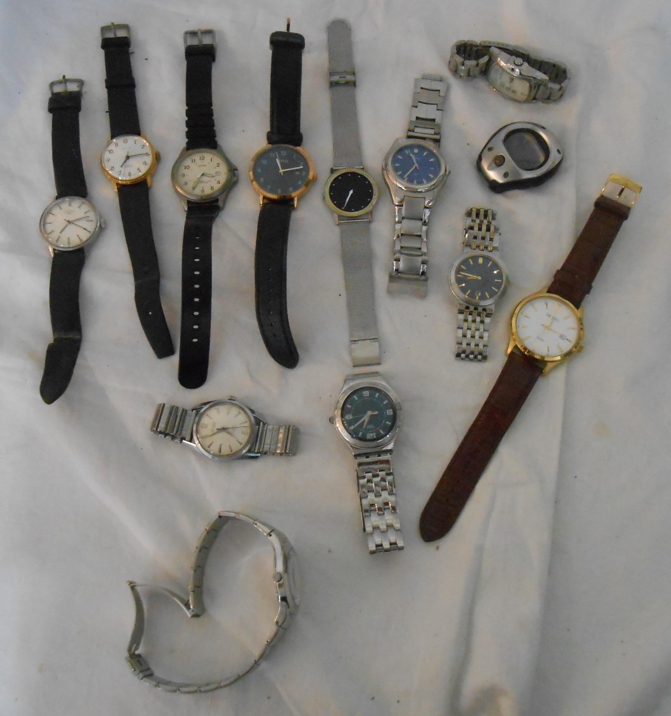 A bag containing a collection of assorted gentlemans' wristwatches - various condition