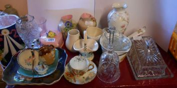 A selection of assorted ceramics including Royal Doulton, SylvaC, etc.