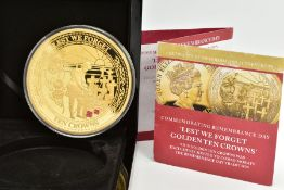A CASED 'LEST WE FORGET' GOLDEN TEN CROWNS COMMEMORATIVE COIN, edition 060 of 499, dated 2016,