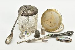 A SMALL QUANTITY OF ITEMS, to include a silver lidded glass jar, hallmarked Birmingham, a silver