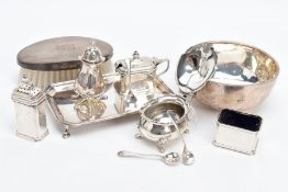 A SELECTION OF SILVER CONDIMENTS AND ITEMS, to include a George V salt with spoon, plain polished