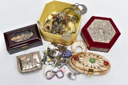 A SELECTION OF ITEMS, to include three jewellery boxes such as an oval carved horn panelled box