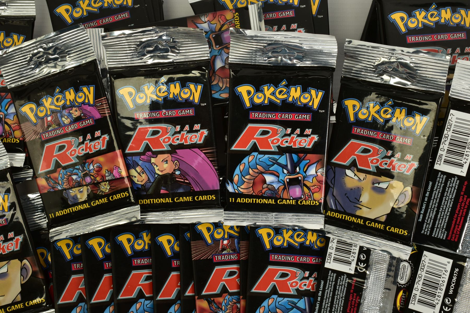 A QUANTITY OF SEVENTY SEALED POKEMON UNLIMITED TEAM ROCKET BOOSTER LONG PACKS, four different packet - Image 4 of 9