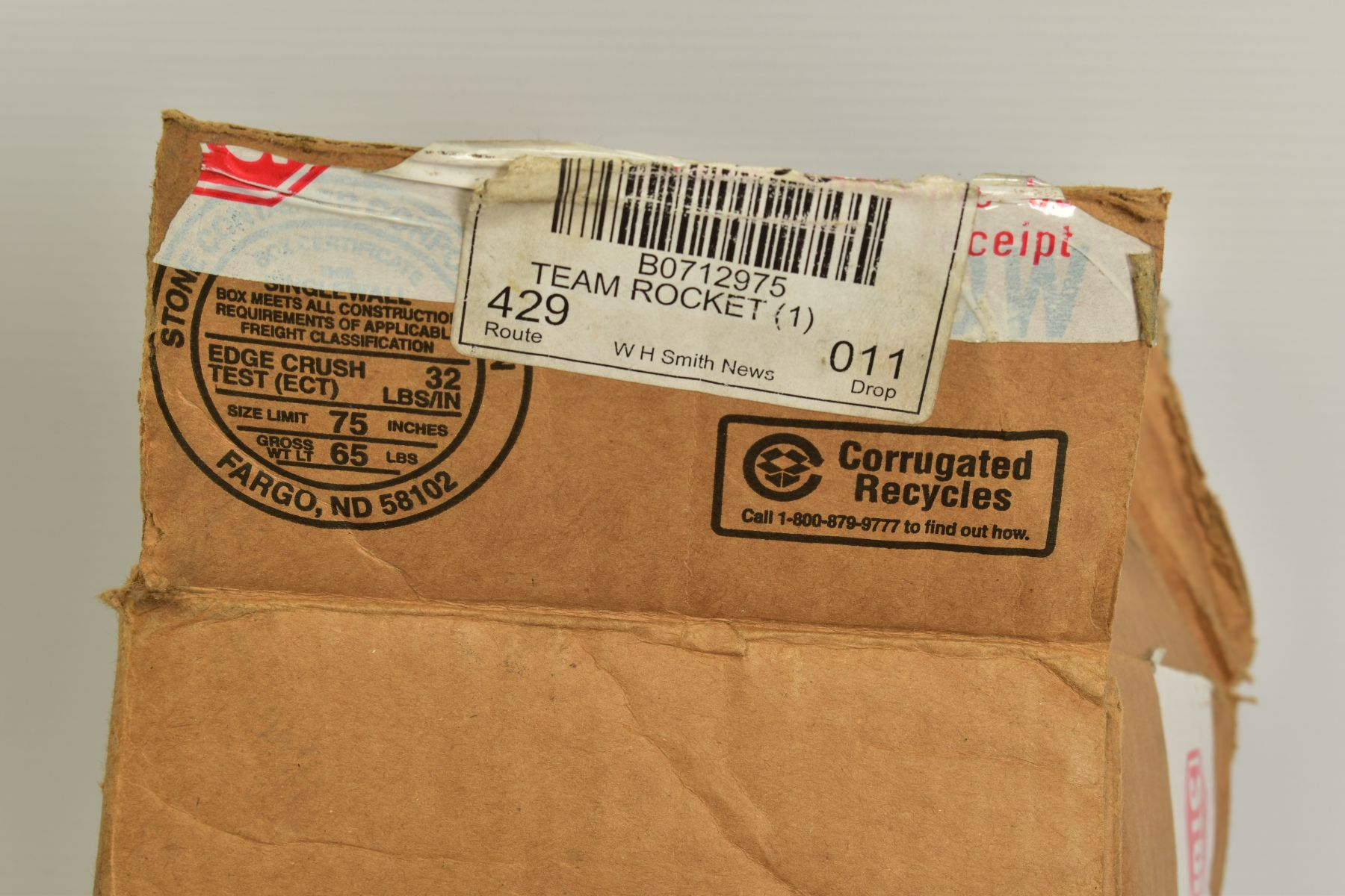 A QUANTITY OF SEVENTY SEALED POKEMON UNLIMITED TEAM ROCKET BOOSTER LONG PACKS, four different packet - Image 6 of 9