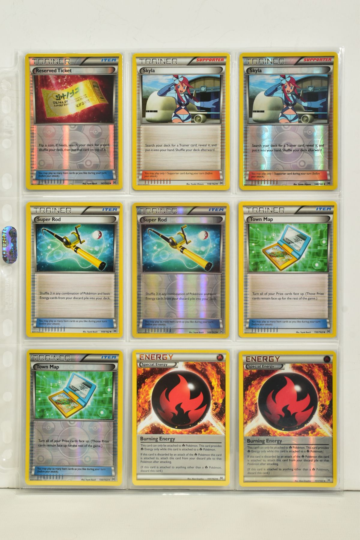 A COLLECTION OF ASSORTED POKEMON CARDS, to include complete master sets of XY Breakpoint, XY Roaring - Image 33 of 108