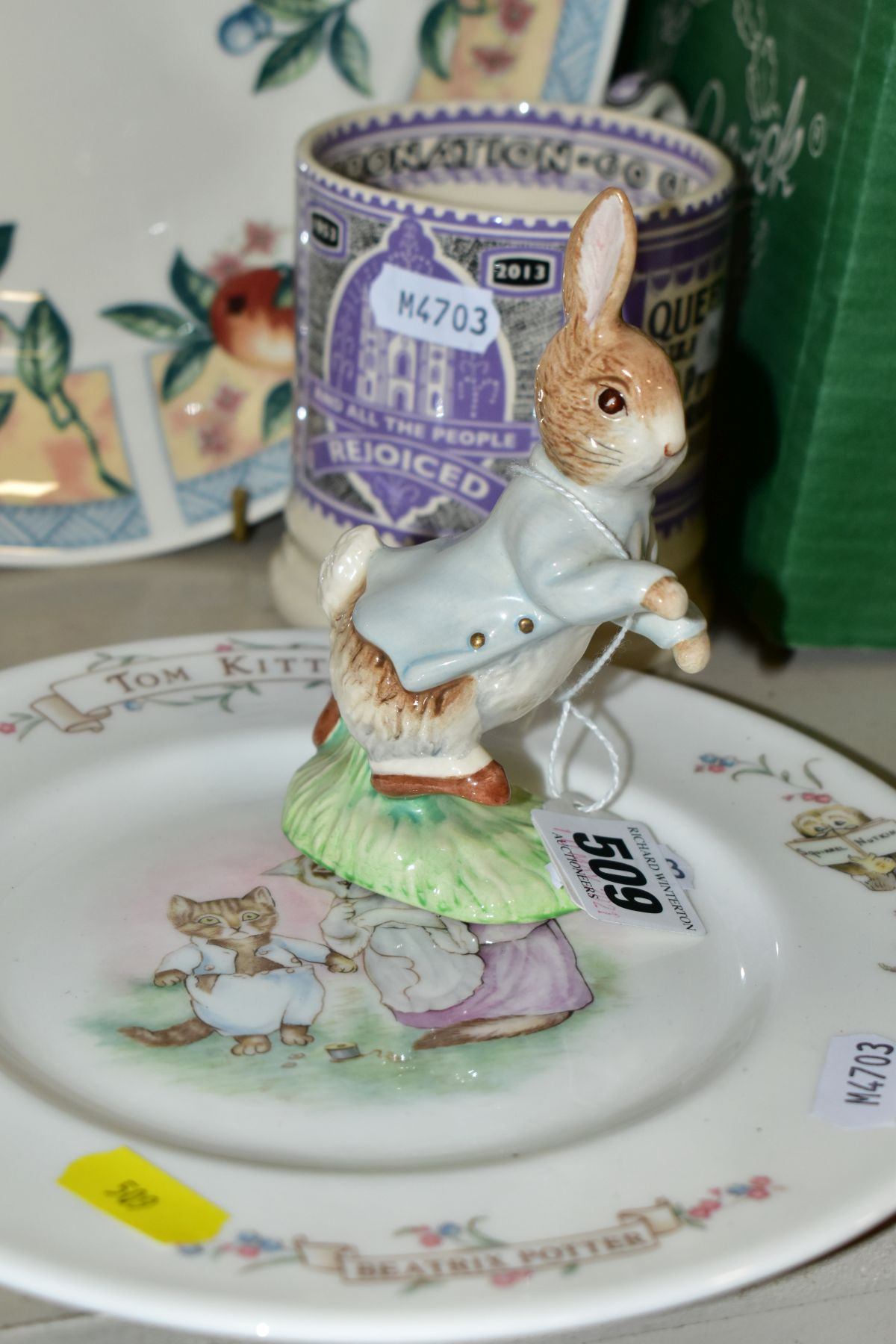 DECORATIVE CERAMICS ETC, to include a boxed Beswick Peter Rabbit, Royal Albert 'Tom Kitten' plate, - Image 4 of 11