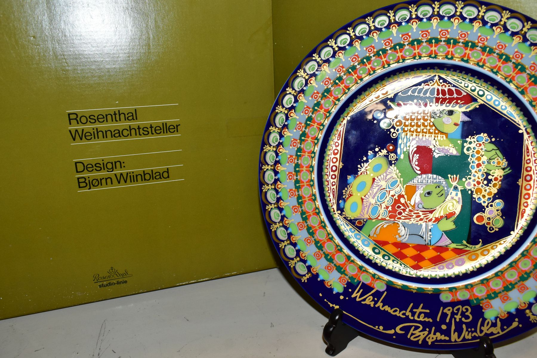 THREE BOXED ROSENTHAL CHRISTMAS PLATES, 1973, 1974 and 1975 all signed by Bijorn Wiinbald - Image 5 of 12