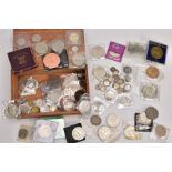 A WOODEN CIGAR BOX OF WORLD COINS to include a George II shilling coin 1741, a 1937 crown George VI,