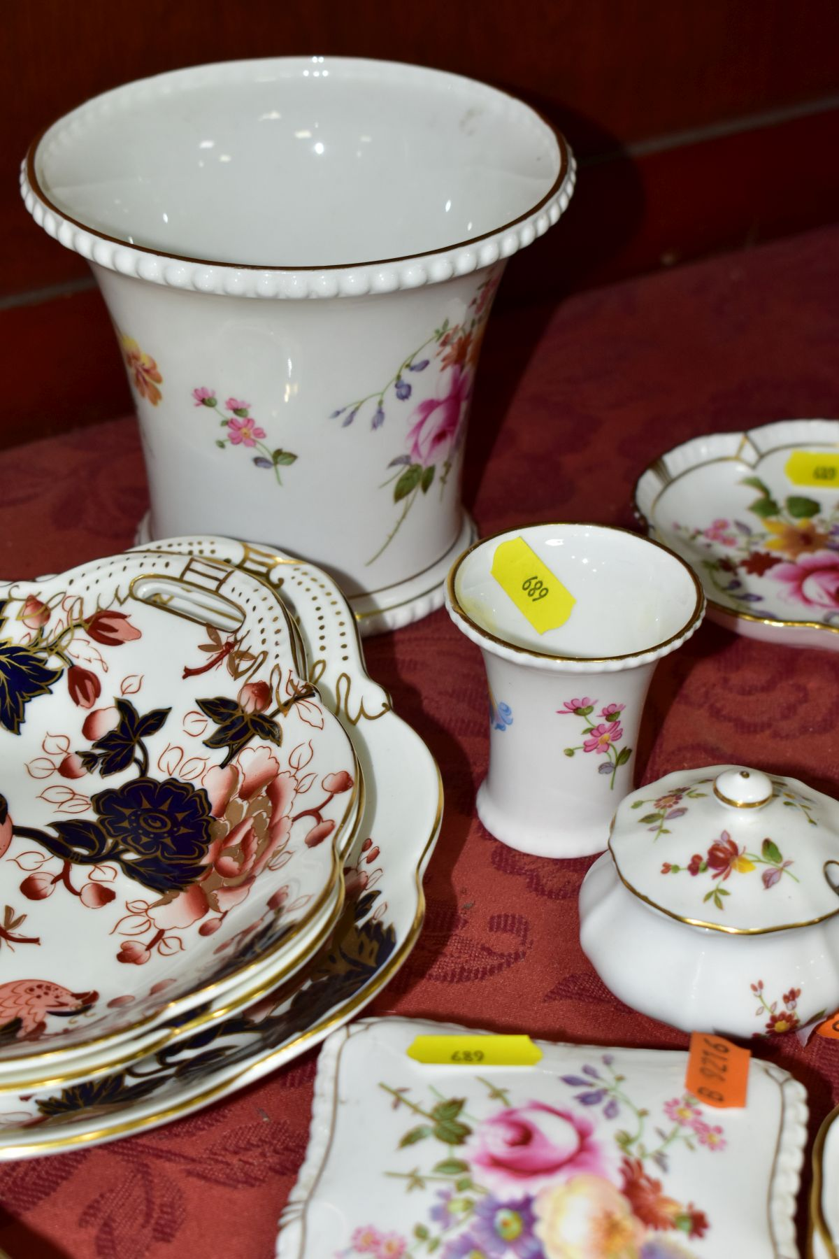 DECORATIVE CERAMICS, ETC, to include Royal Crown Derby 'Derby Posies' pintrays trinket box, - Image 12 of 13