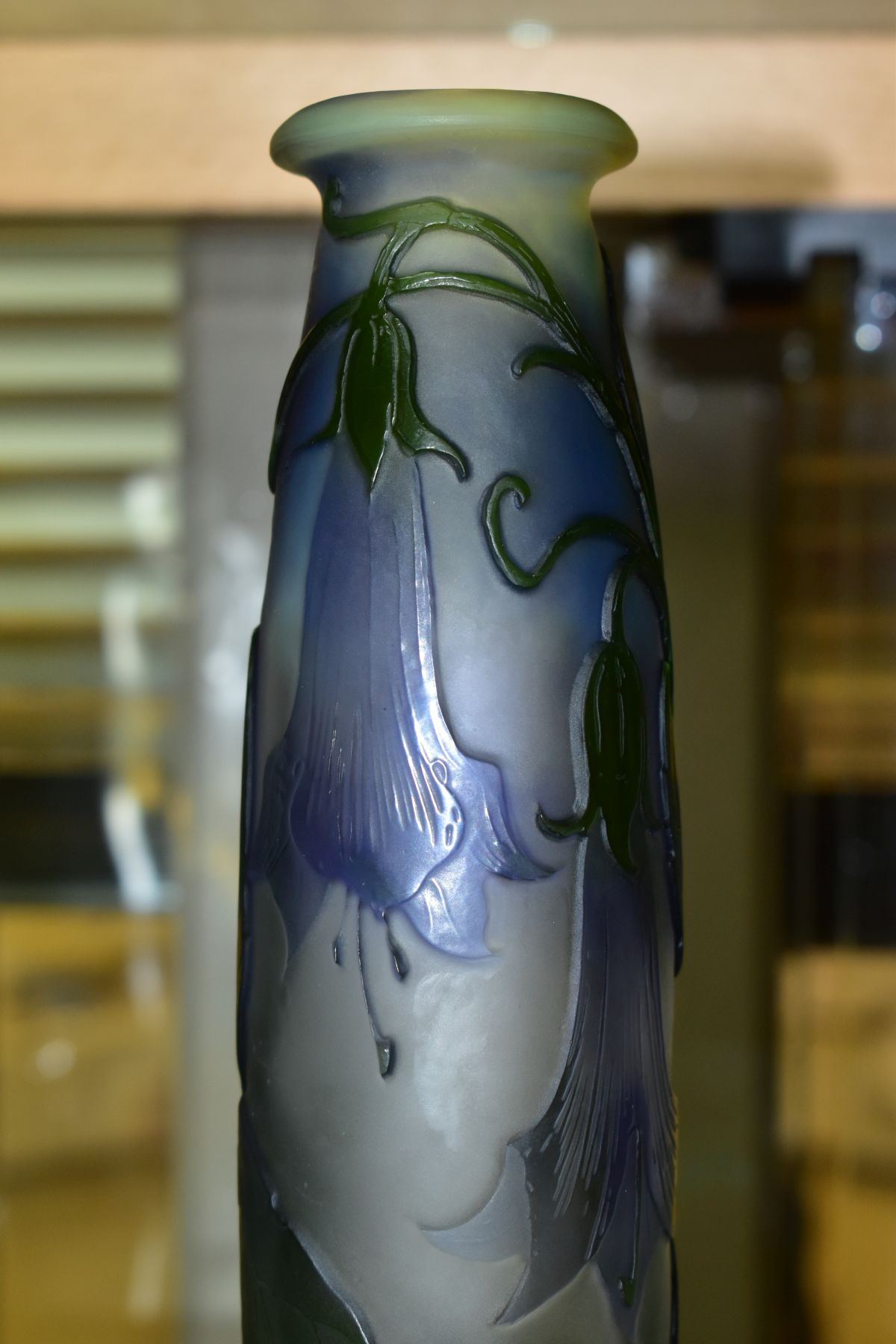 A GALLE CAMEO GLASS VASE OF CONICAL FORM, with circular flattened foot, decorated with purple bell - Image 4 of 6