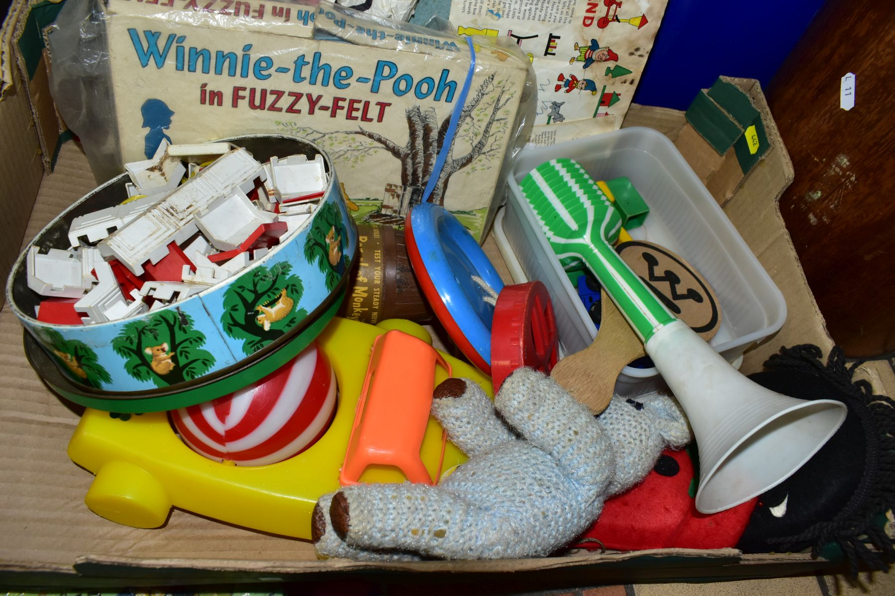 A QUANTITY OF YOUNG CHILDRENS TOYS, to include Winnie-the-Pooh and other Fuzzy-Felt sets, contents - Image 4 of 4