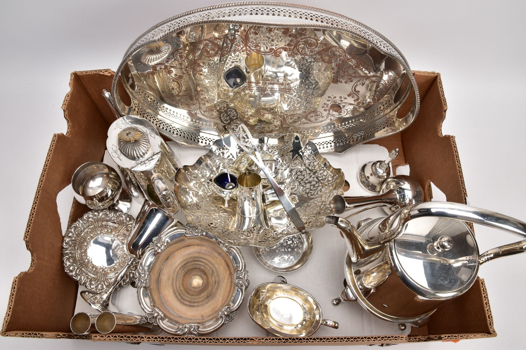 A BOX CONTAINING A QUANTITY OF SILVER PLATED ITEMS, to include a teapot and coffeepot with stand,