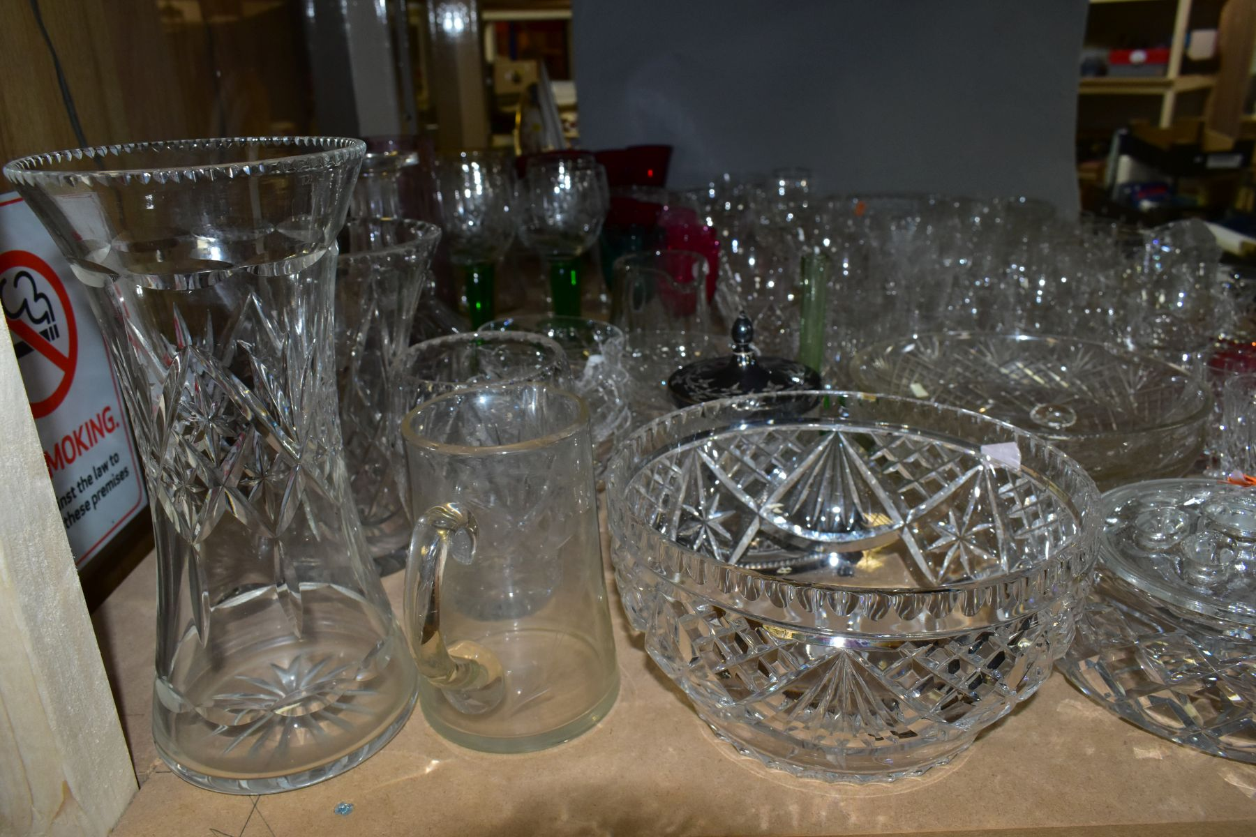 A QUANTITY OF GLASSWARE, including a Waterford Crystal quartz mantel clock, height 11cm, coloured - Image 8 of 9