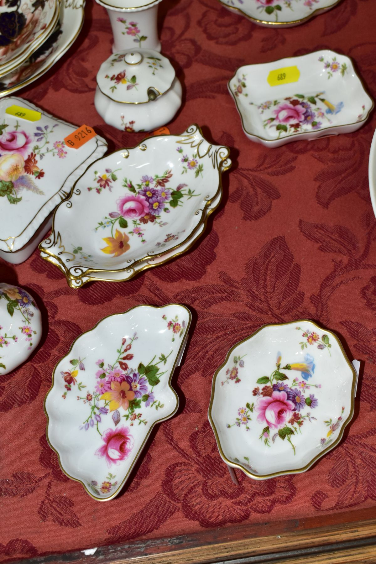 DECORATIVE CERAMICS, ETC, to include Royal Crown Derby 'Derby Posies' pintrays trinket box, - Image 13 of 13