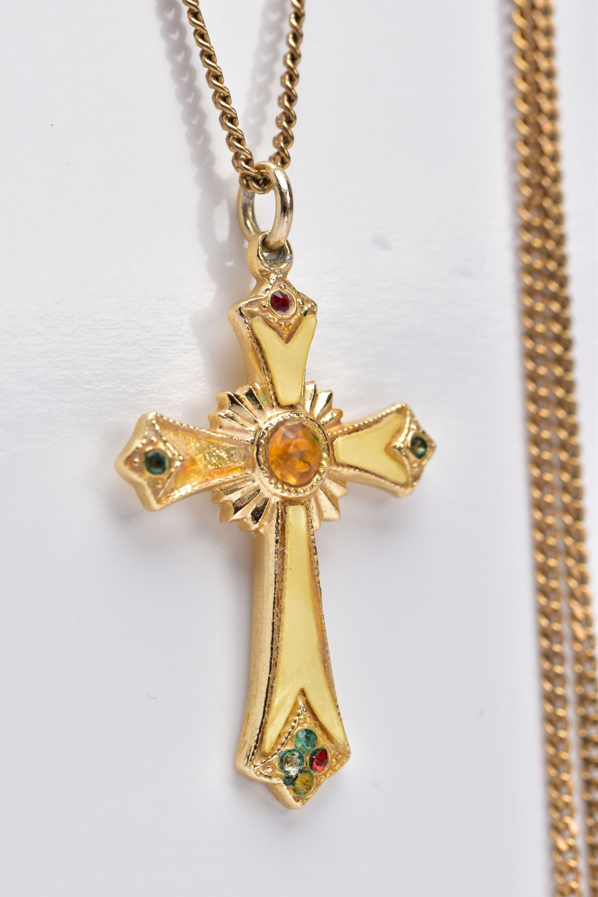 A 9CT GOLD CHAIN WITH A YELLOW METAL CROSS PENDANT, the curb link chain fitted with a spring - Image 2 of 4