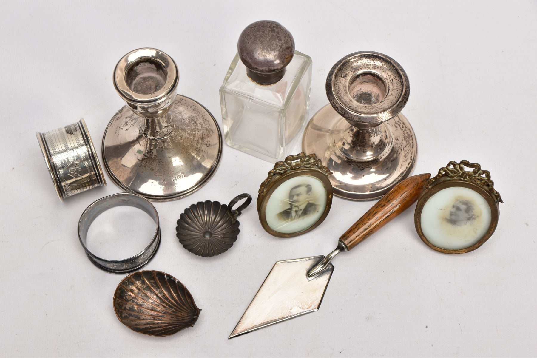 A BOX OF ASSORTED ITEMS, to include an AF silver weighted base dwarf candle, hallmarked - Image 2 of 4