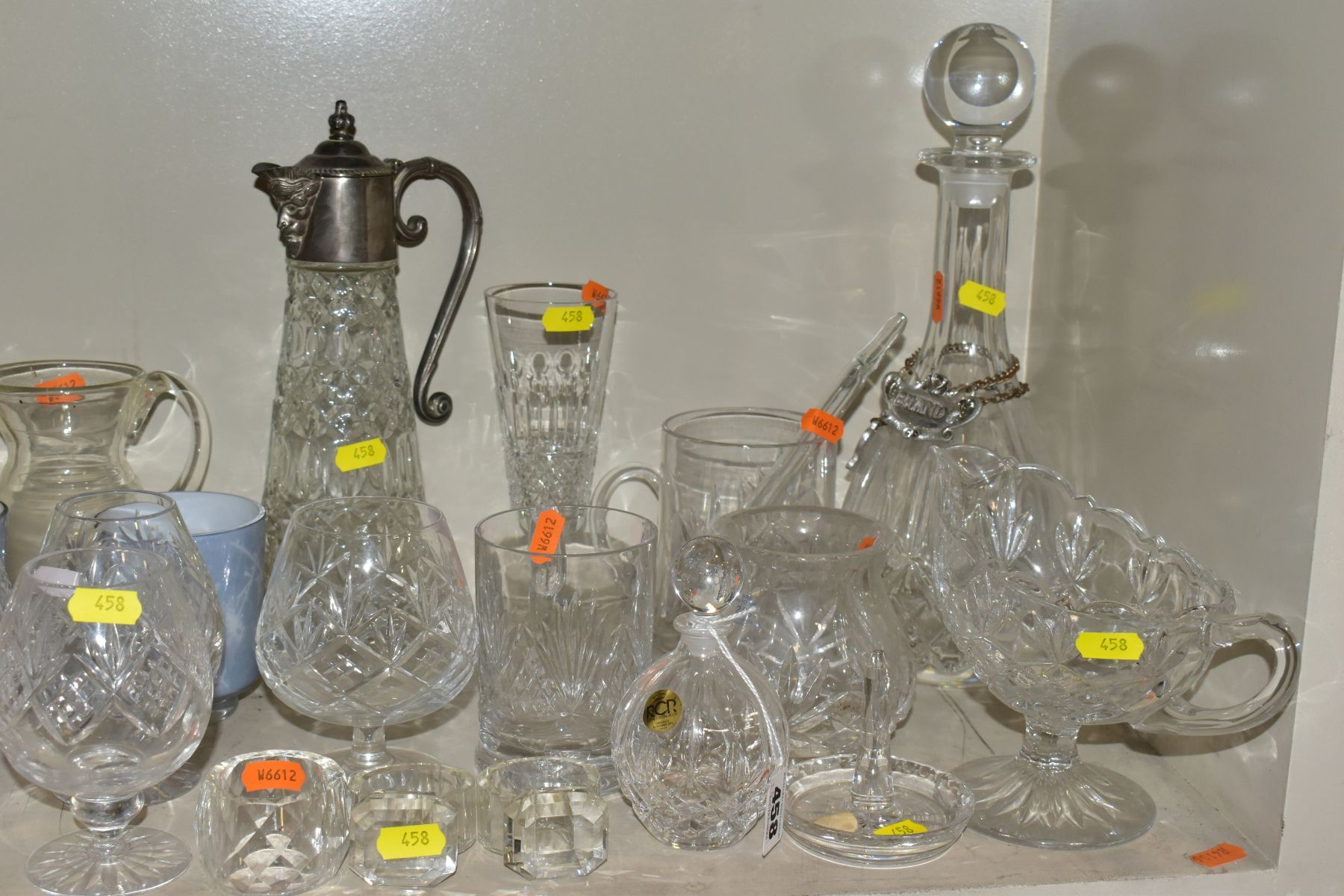 A SMALL QUANTITY OF CLEAR AND COLOURED GLASSWARE, including an Edinburgh Crystal vase, height 25. - Image 2 of 10