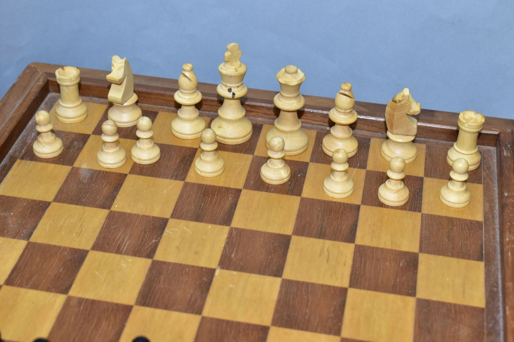 A MID 20TH CENTURY WOODEN CHESS BOARD AND CHESS PIECES, the board with lift off top opening to - Image 4 of 4