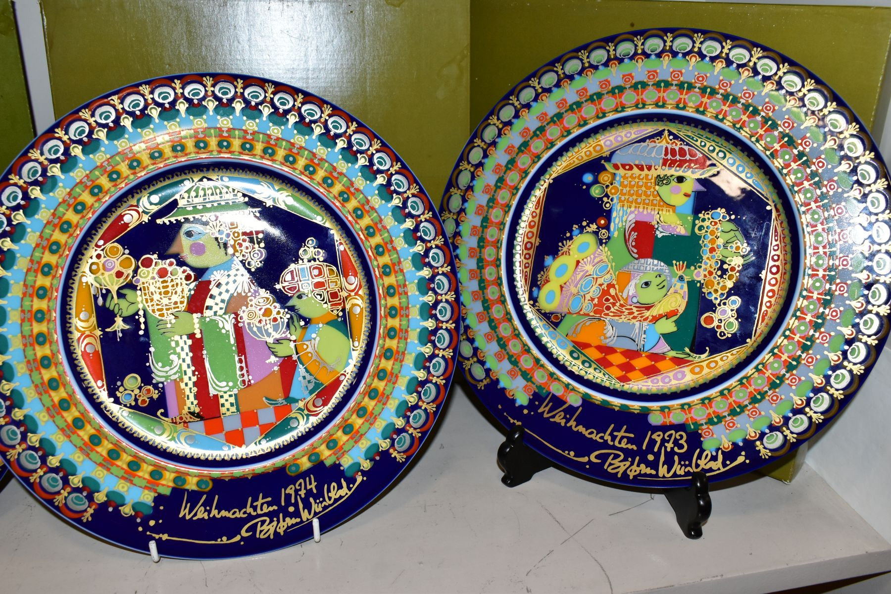 THREE BOXED ROSENTHAL CHRISTMAS PLATES, 1973, 1974 and 1975 all signed by Bijorn Wiinbald - Image 3 of 12