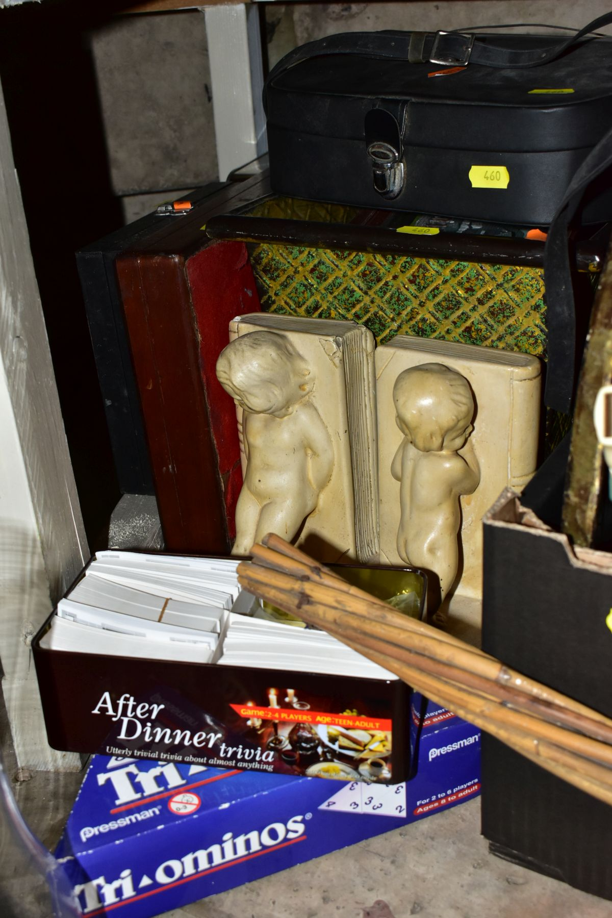 FOUR BOXES AND LOOSE METALWARE, HOUSEHOLD SUNDRIES, OIL LAMP, etc, to include board games, book - Image 7 of 16