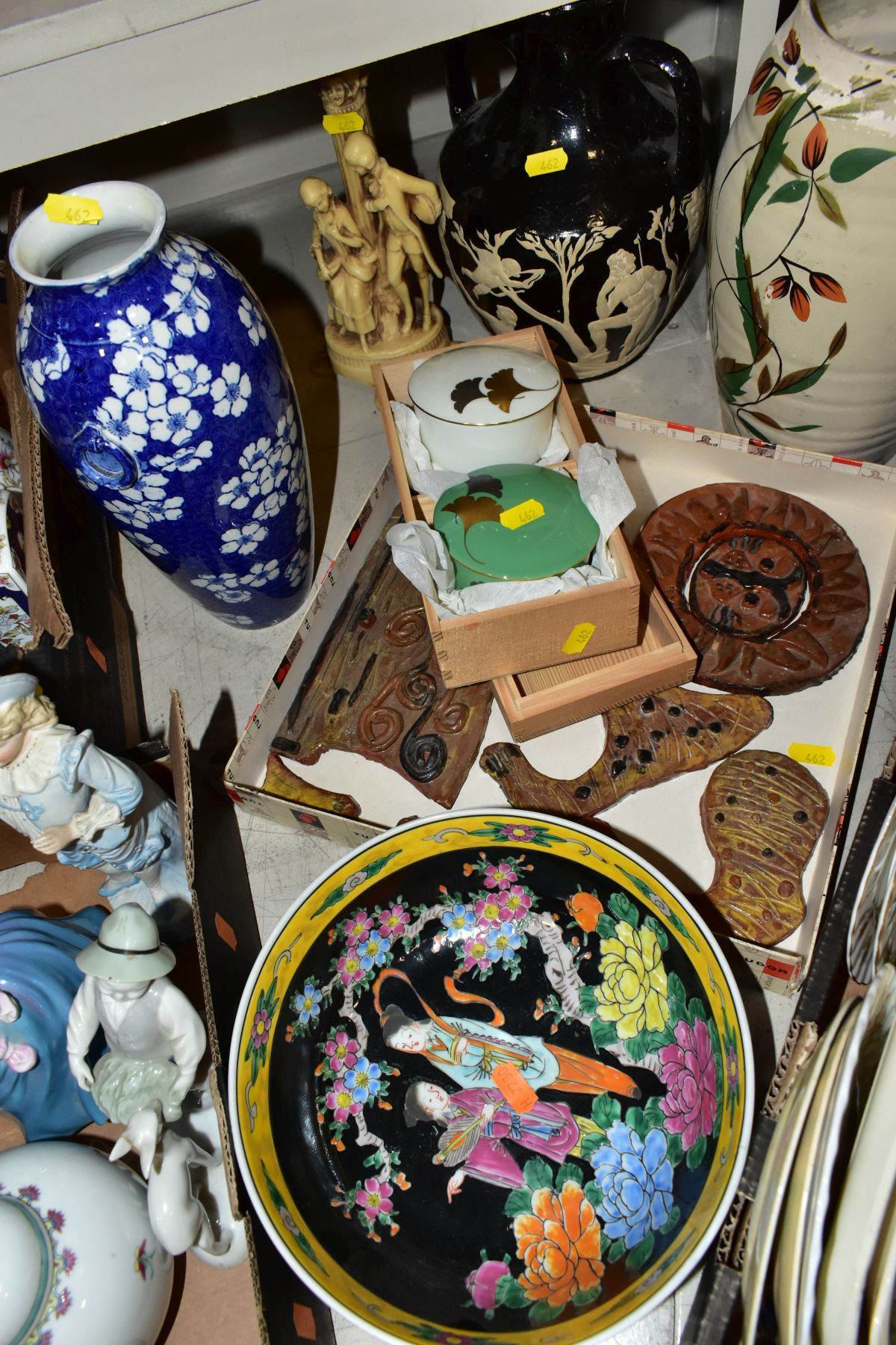 TWO BOXES AND LOOSE ORNAMENTS, VASES, ROYAL COMMEMORATIVES etc, to include Cauldon Ware Prunus - Image 4 of 8