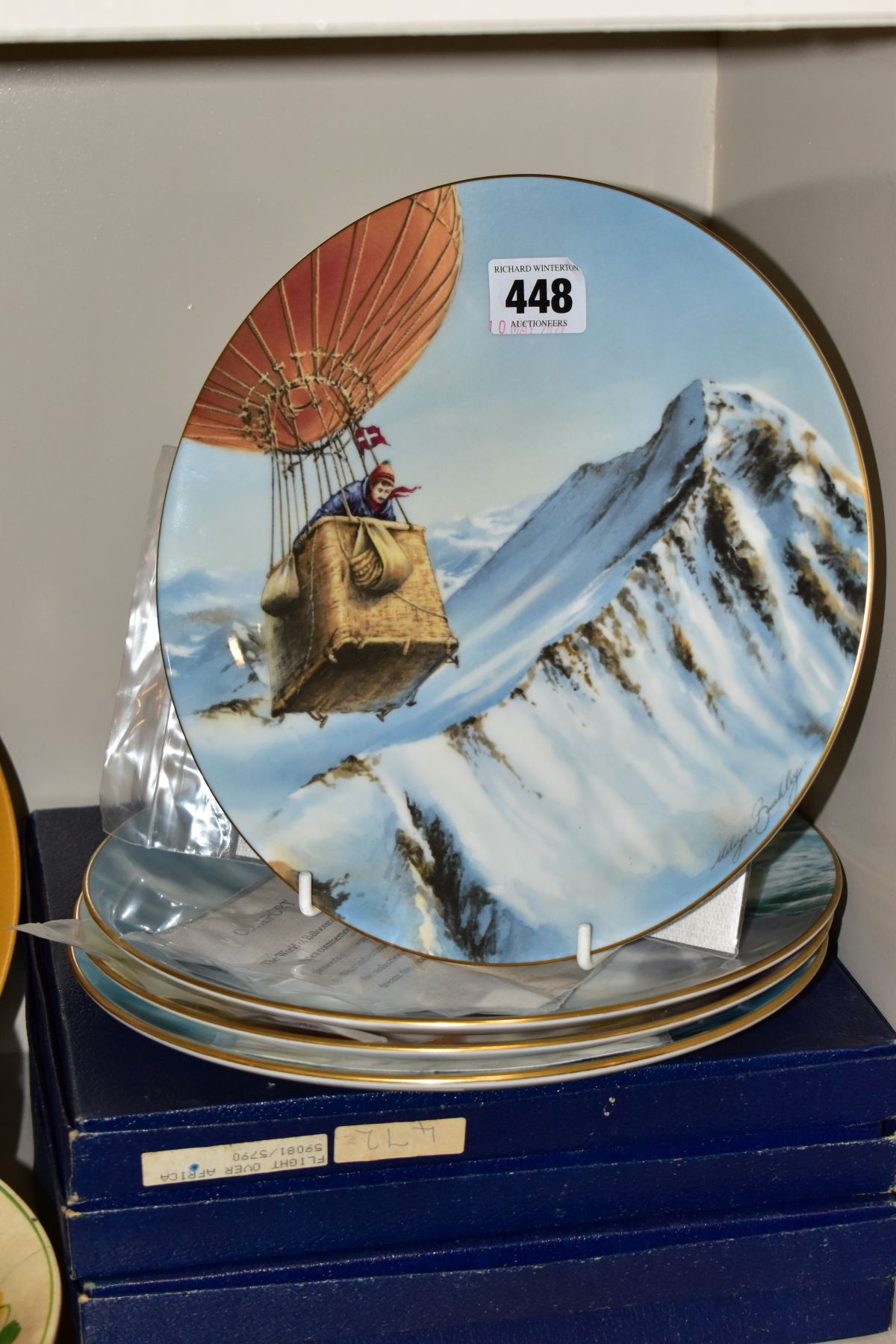 A SET OF FOUR BOXED COALPORT LIMITED EDITION COALPORT CABINET PLATES, from 'World of Ballooning - Image 2 of 5