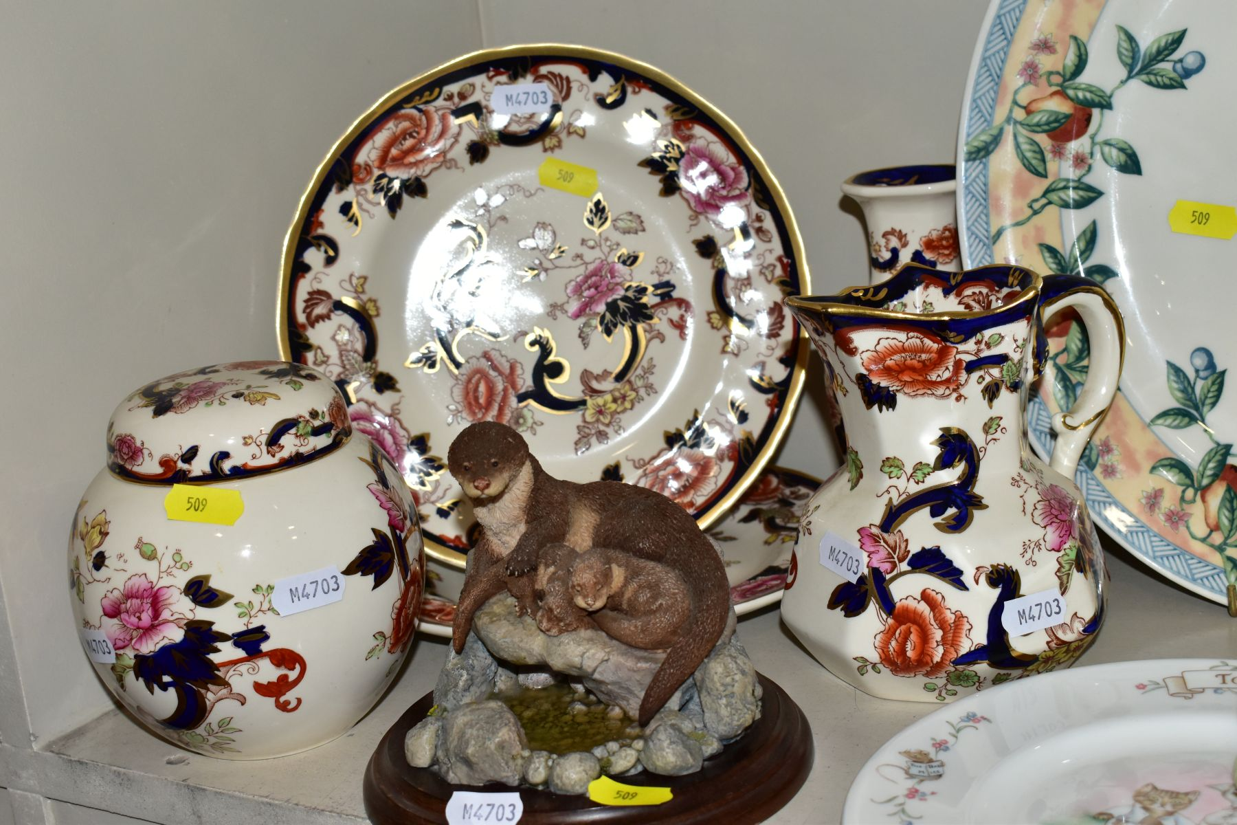 DECORATIVE CERAMICS ETC, to include a boxed Beswick Peter Rabbit, Royal Albert 'Tom Kitten' plate, - Image 8 of 11