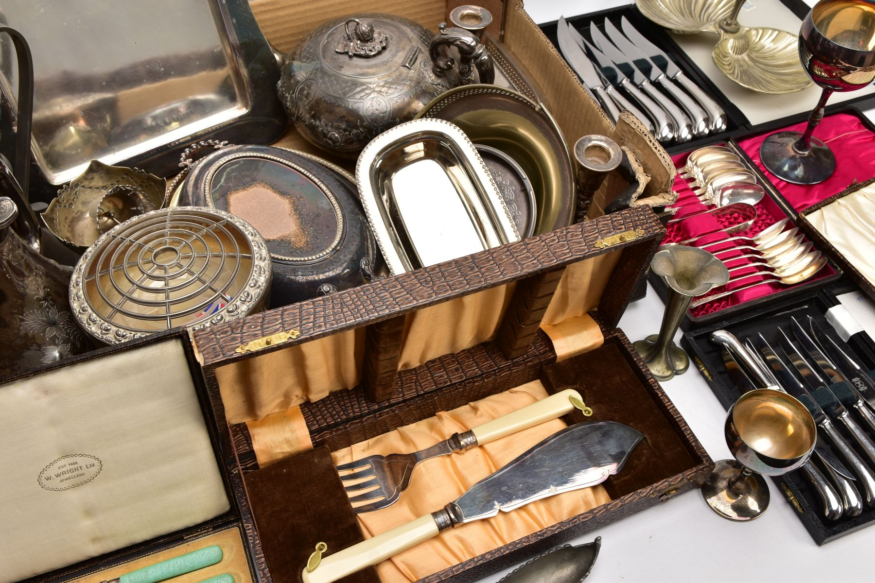 A BOX OF ASSORTED METALWARE, to include three cased set of knives,, a cased set of six EPNS coffee - Image 7 of 7