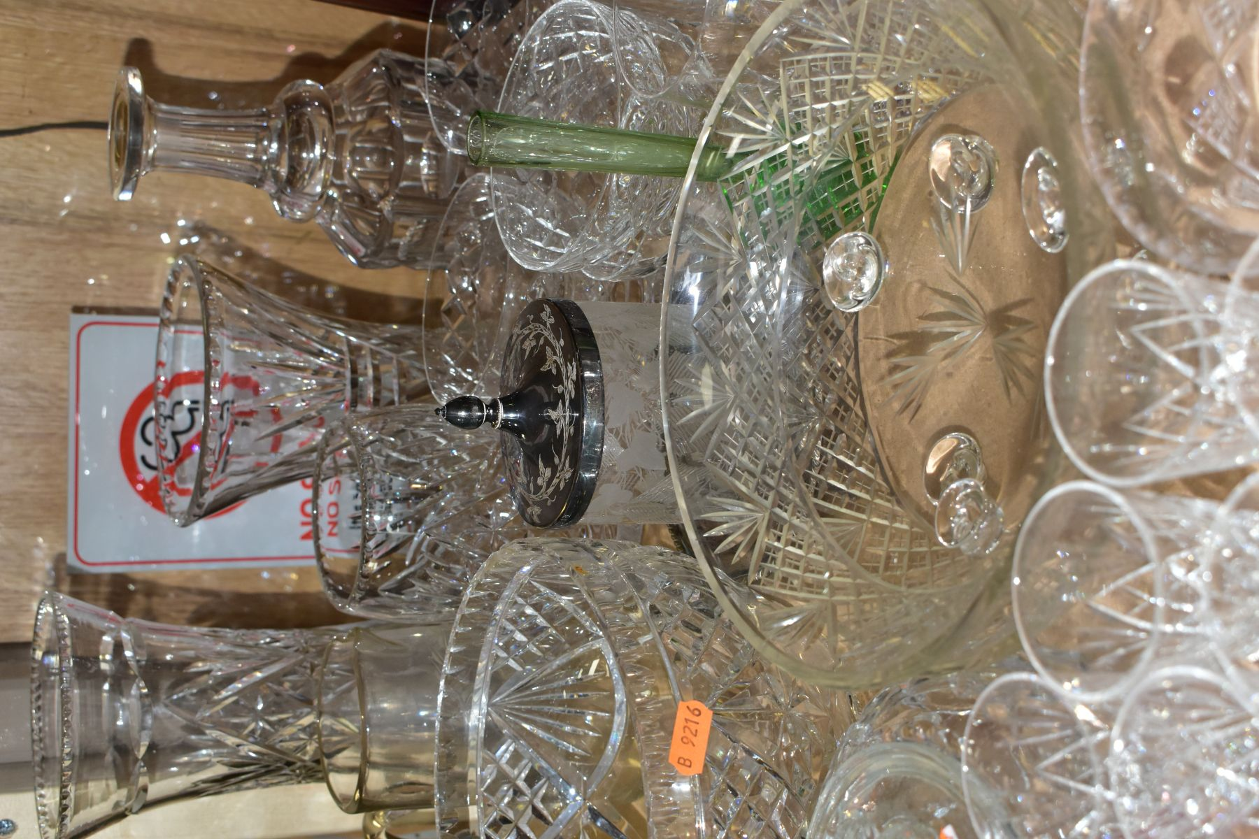 A QUANTITY OF GLASSWARE, including a Waterford Crystal quartz mantel clock, height 11cm, coloured - Image 6 of 9