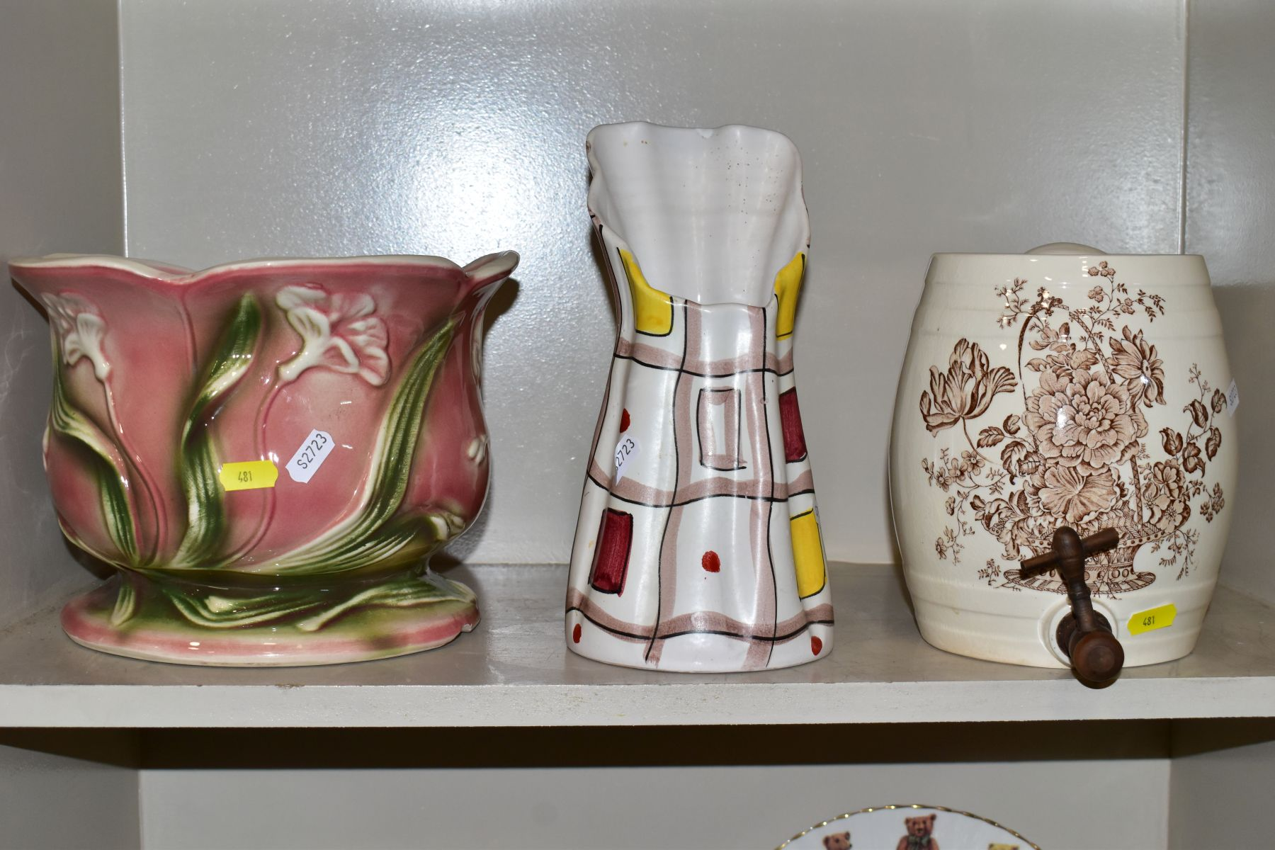 TWO BOXES OF CERAMICS AND SUNDRY ITEMS etc to include three Carlton Ware 2710 tapestry and daisy - Image 3 of 18