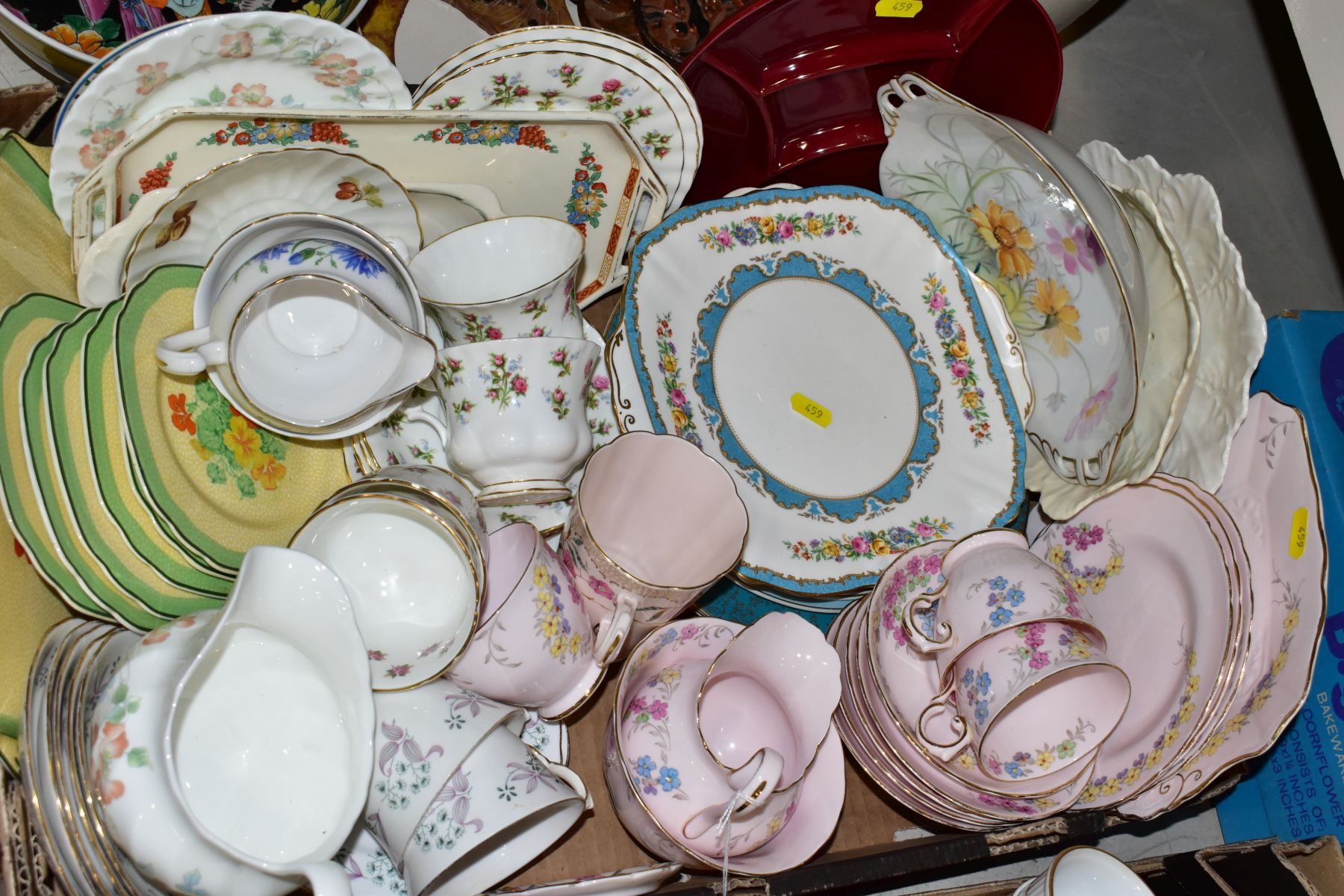 TWO BOXES OF WEDGWOOD ROYAL WORCESTER, ROYAL ALBERT AND TUSCAN CHINA TEA AND DINNER WARES, including - Image 2 of 10