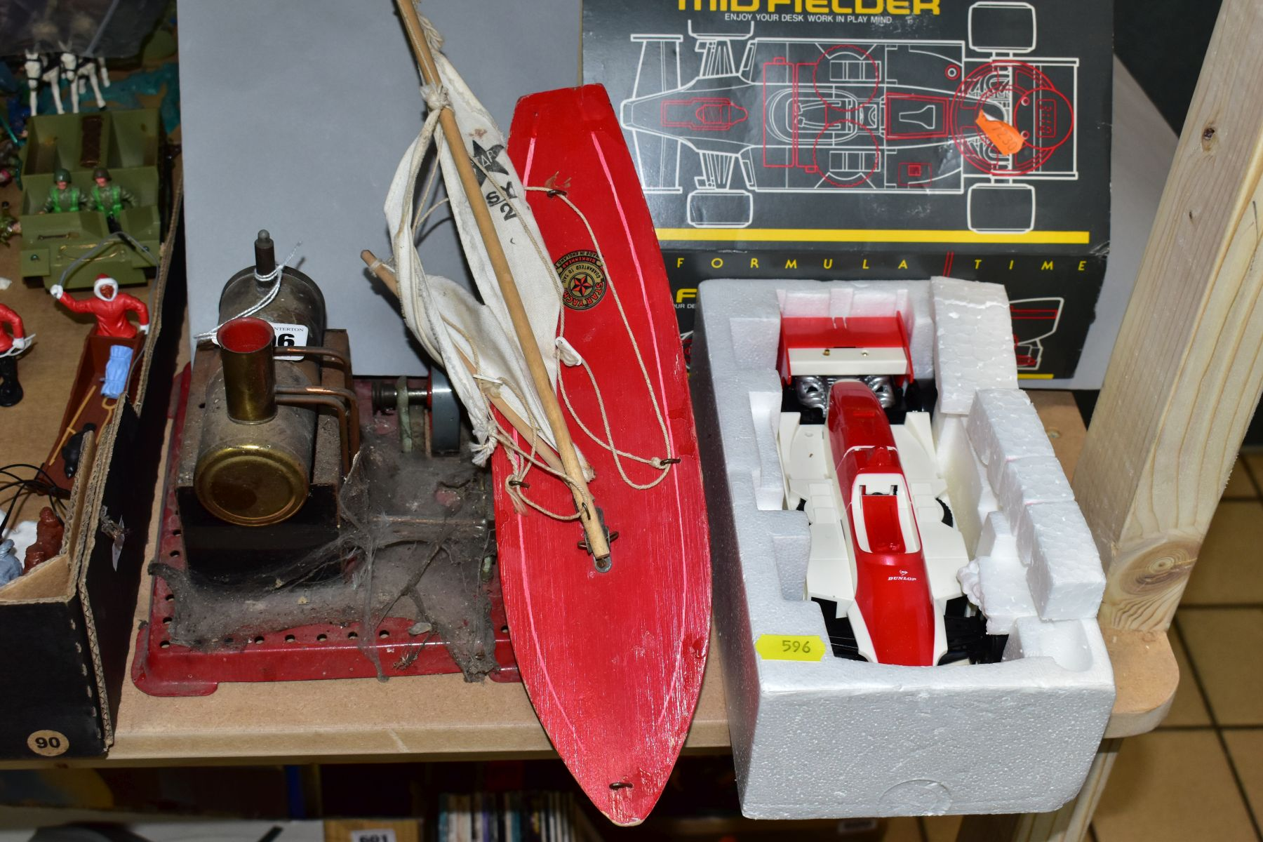 AN UNBOXED MAMOD LIVE STEAM ENGINE, No SE2, not tested, missing safety valve but has burner tray,