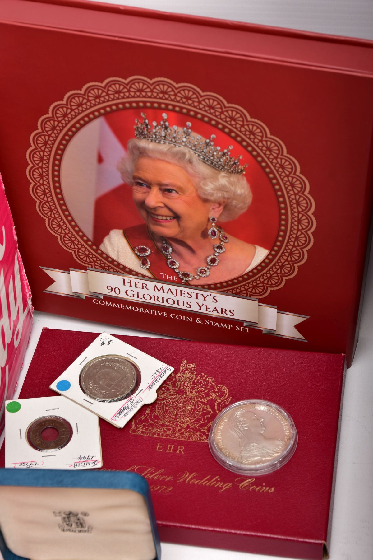 A SAMSONITE BRIEFCASE OF COINS AND COMMEMORATIVES, to include a Queen Elizabeth 50th Anniversary 9ct - Image 11 of 11