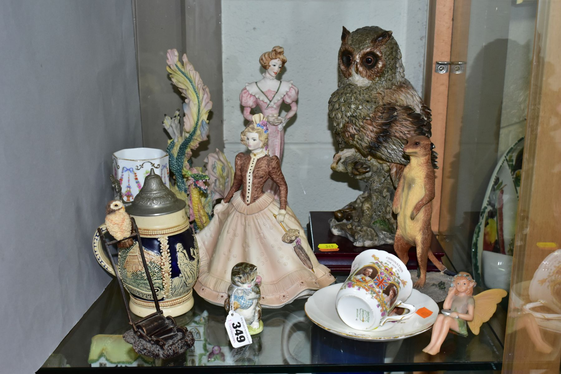 A SMALL GROUP OF FIGURAL ORNAMENTS AND OTHER CERAMICS, including a Beswick Beatrix Potter's 'Miss