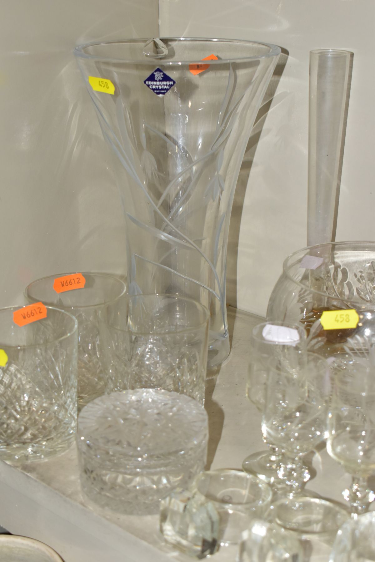 A SMALL QUANTITY OF CLEAR AND COLOURED GLASSWARE, including an Edinburgh Crystal vase, height 25. - Image 8 of 10