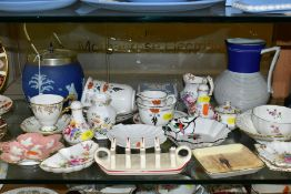 A GROUP OF ASSORTED SHELLEY, ROYAL CROWN DERBY, WEDGWOOD, ETC, to include two Shelley tea cups and