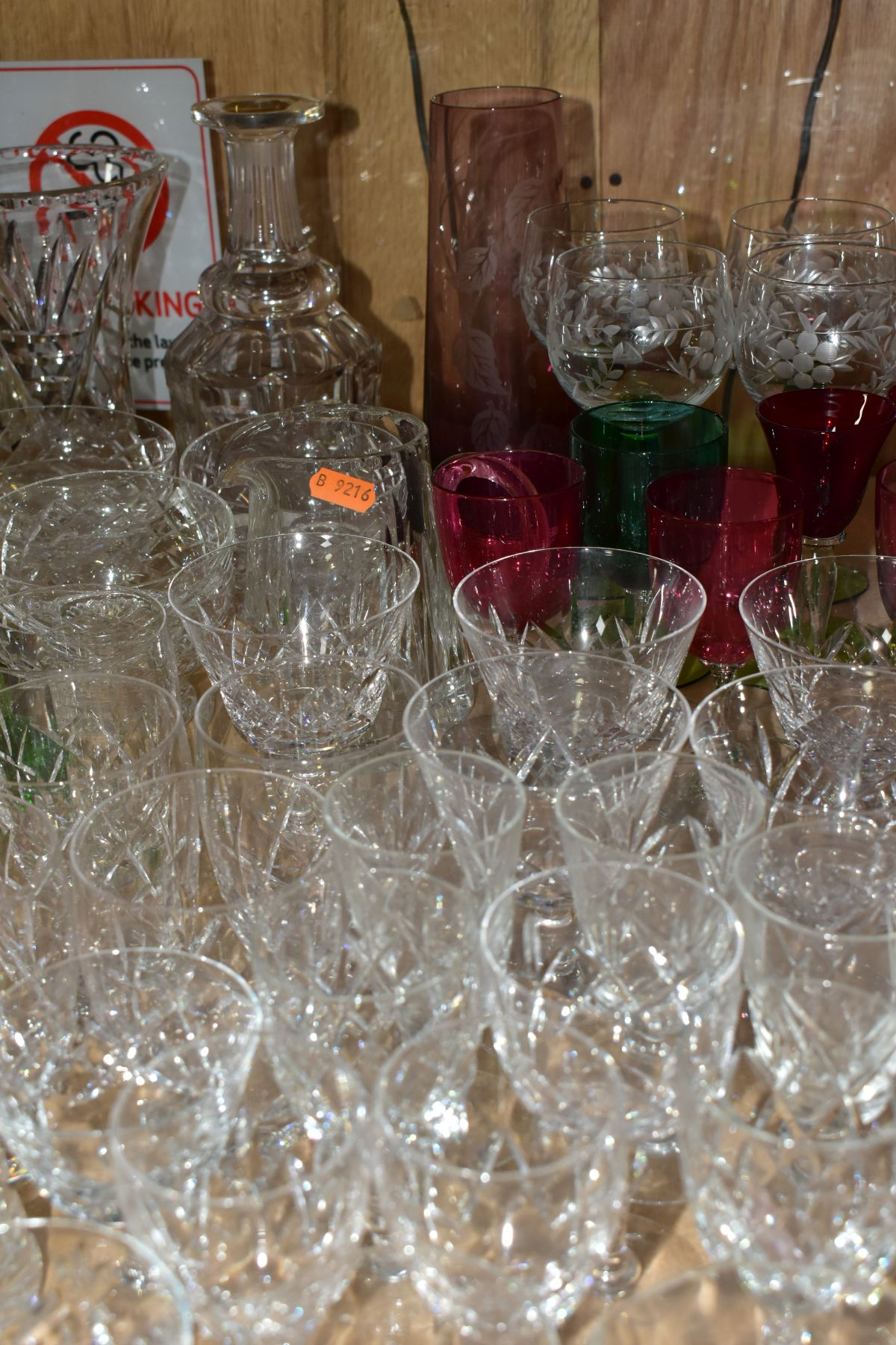 A QUANTITY OF GLASSWARE, including a Waterford Crystal quartz mantel clock, height 11cm, coloured - Image 5 of 9
