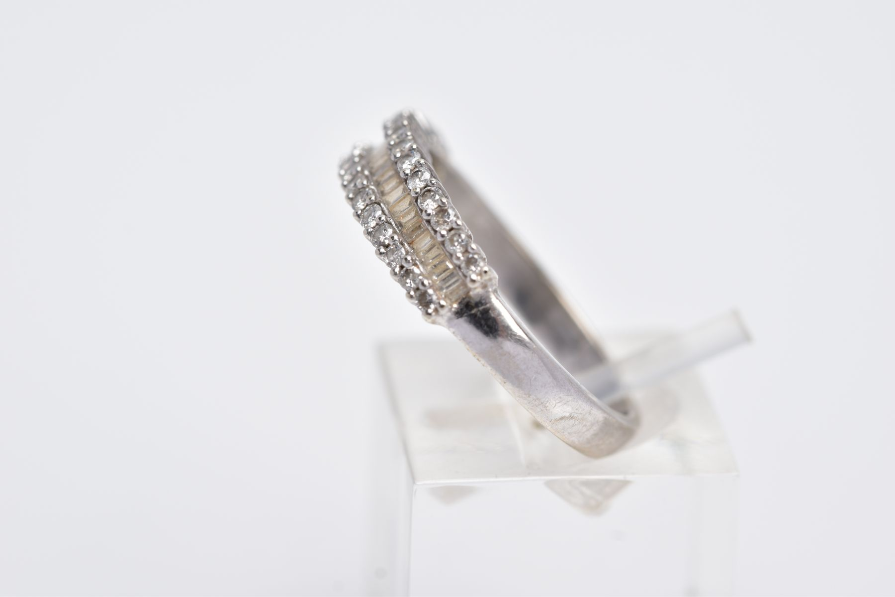 A 9CT WHITE GOLD HALFHOOP DIAMOND RING, designed with a central row of rectangular cut diamonds - Image 2 of 3