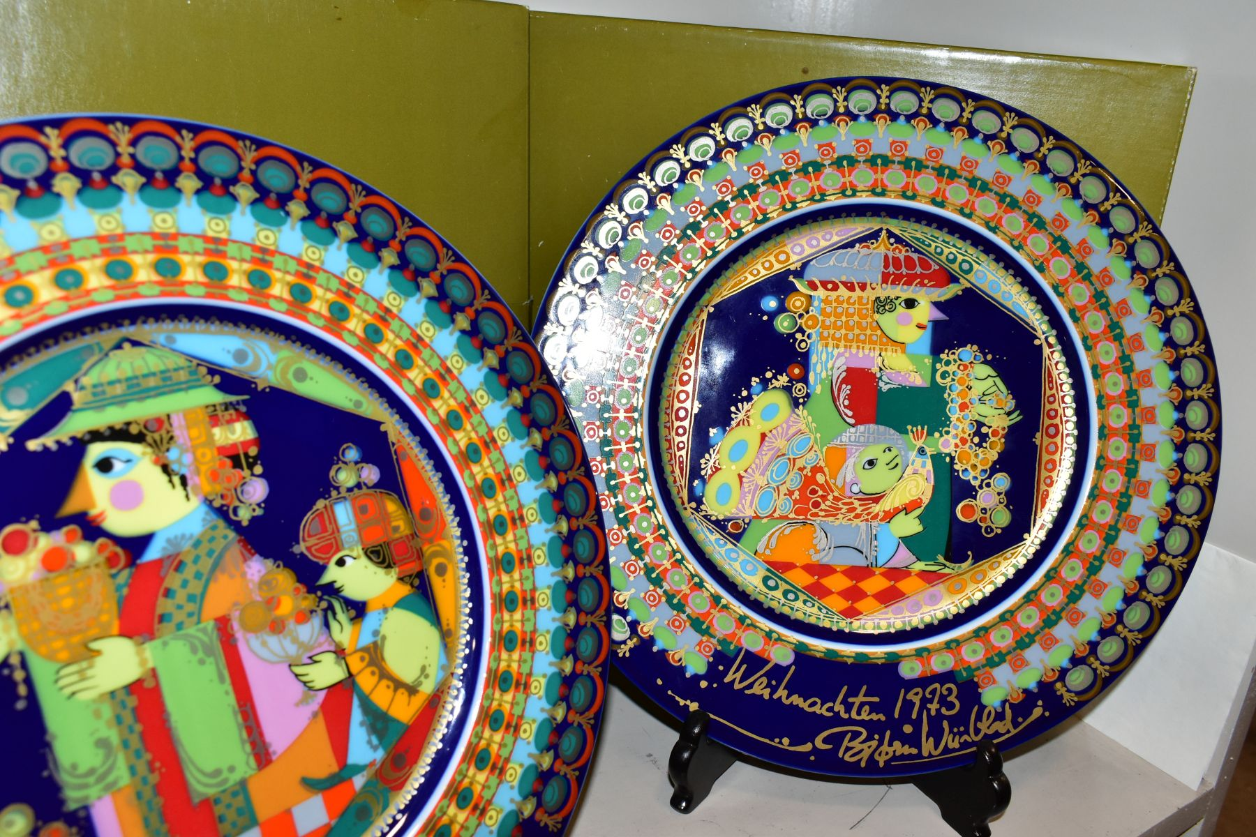 THREE BOXED ROSENTHAL CHRISTMAS PLATES, 1973, 1974 and 1975 all signed by Bijorn Wiinbald - Image 6 of 12