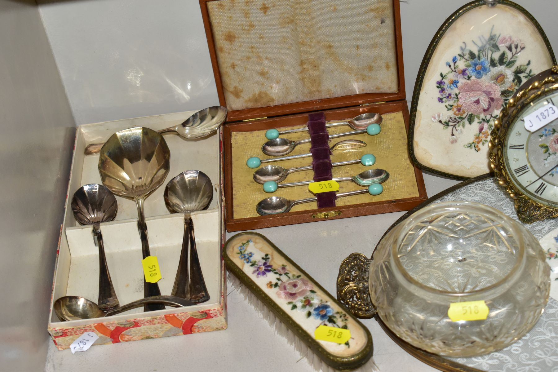 A COLLECTION OF METALWARES AND COLLECTABLES, including a Sawyers View-Master and ten packets of - Image 9 of 11