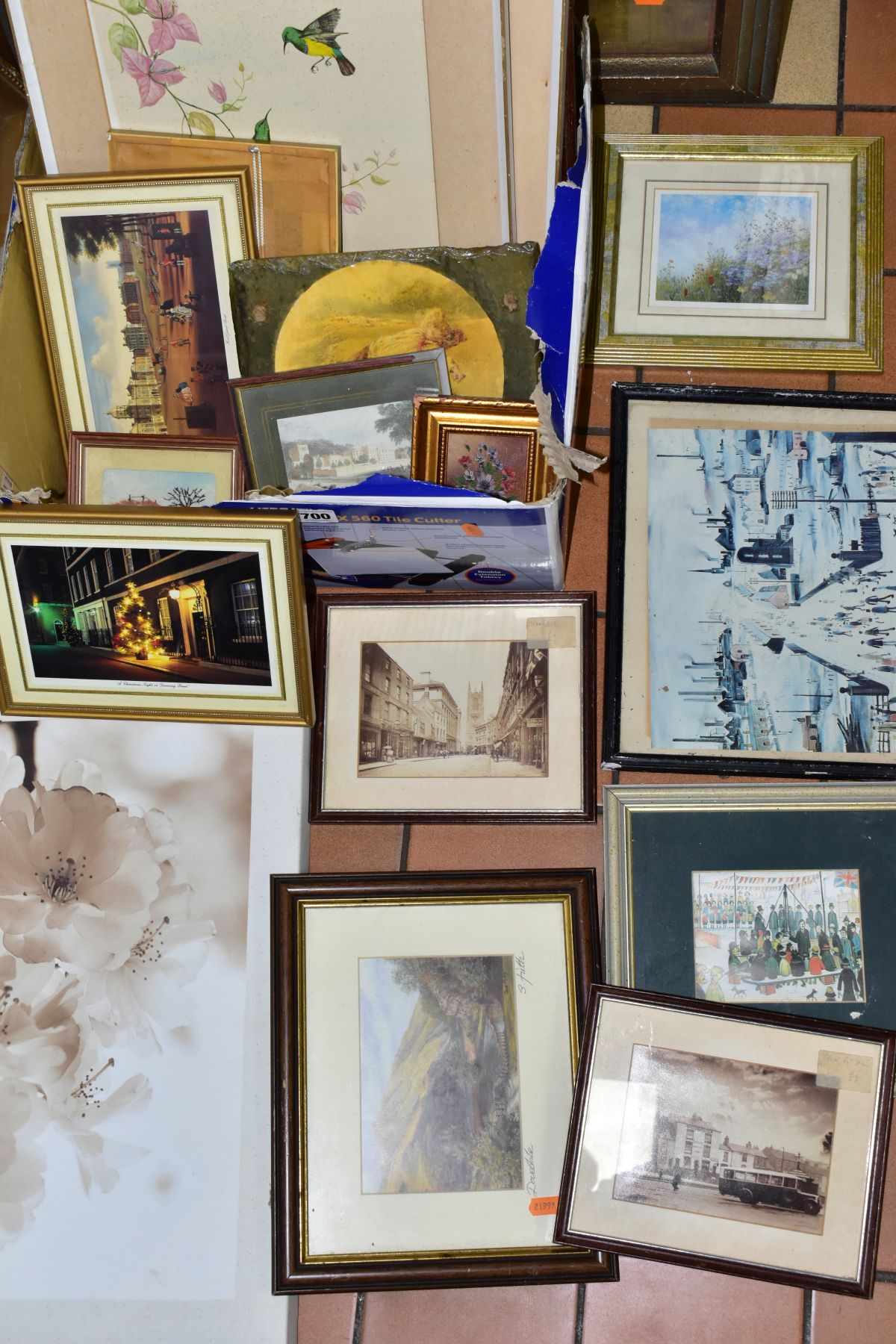 PAINTINGS AND PRINTS, to include an unsigned oil on board circa late 19th/early 20th century, - Image 3 of 5