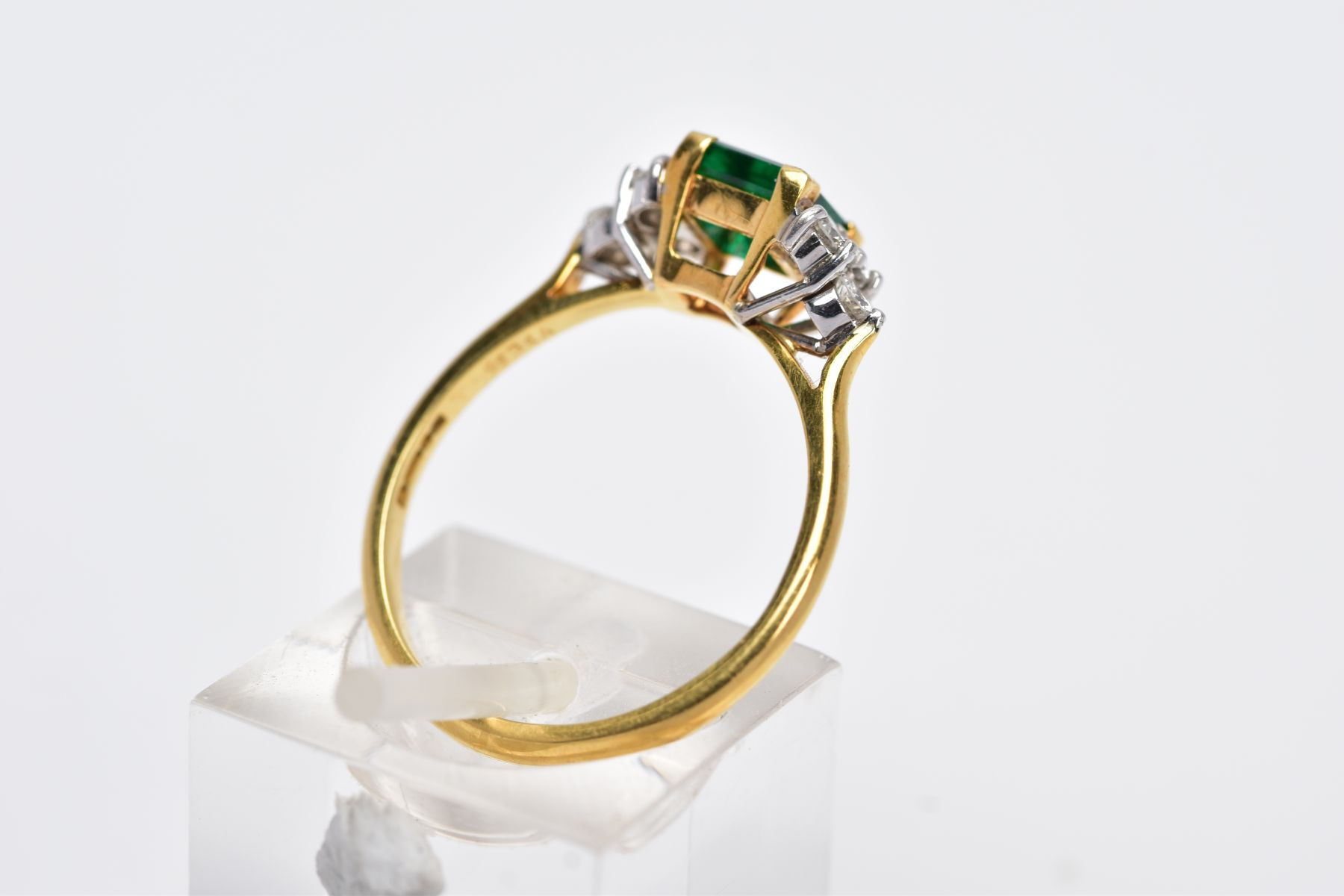 A LATE 20TH CENTURY 18CT GOLD EMERALD AND DIAMOND RING, centring on a square cut emerald measuring - Image 3 of 5