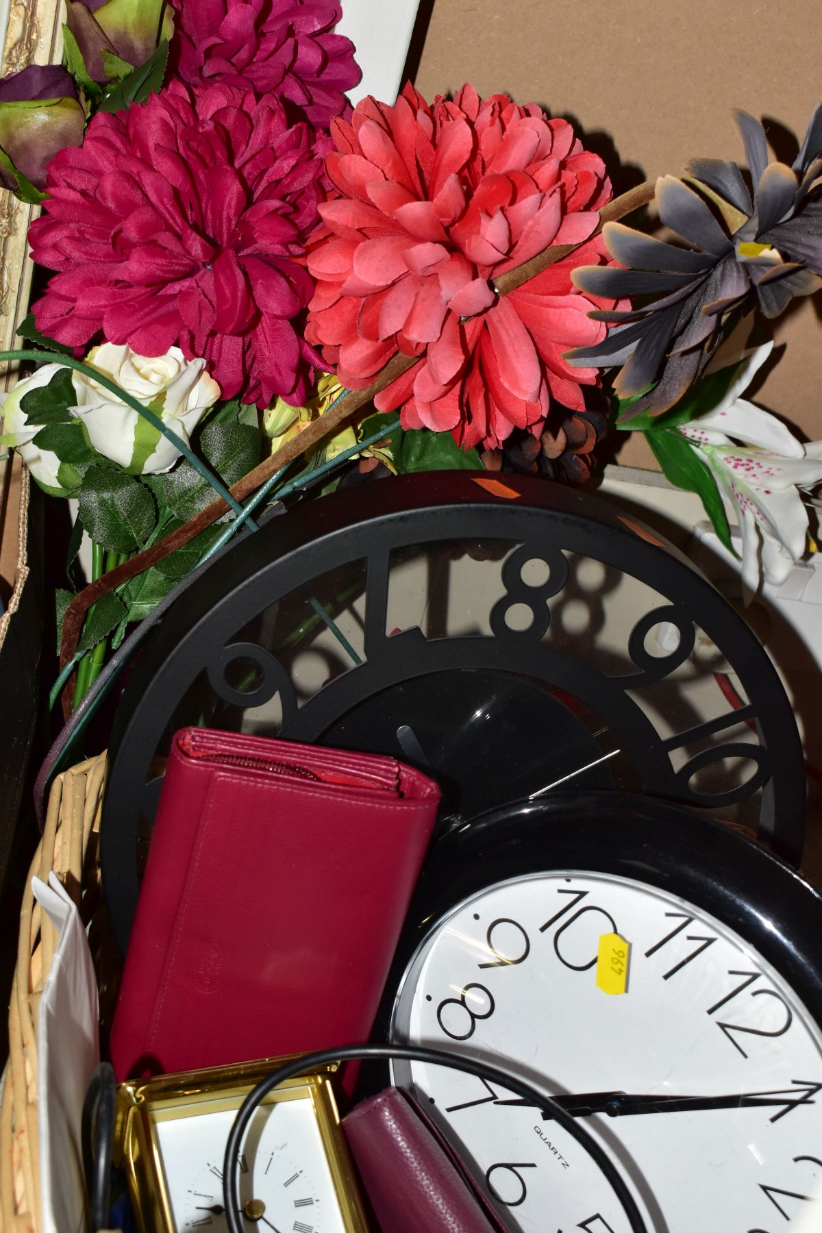 TWO BOXES AND A BASKET OF METALWARE, SUNDRIES, PICTURE FRAMES, ETC, to include various clocks (two - Image 6 of 10