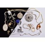 A BAG OF ASSORTED JEWELLERY, to include a silver Lapis Lazuli cabochon ring, hallmarked